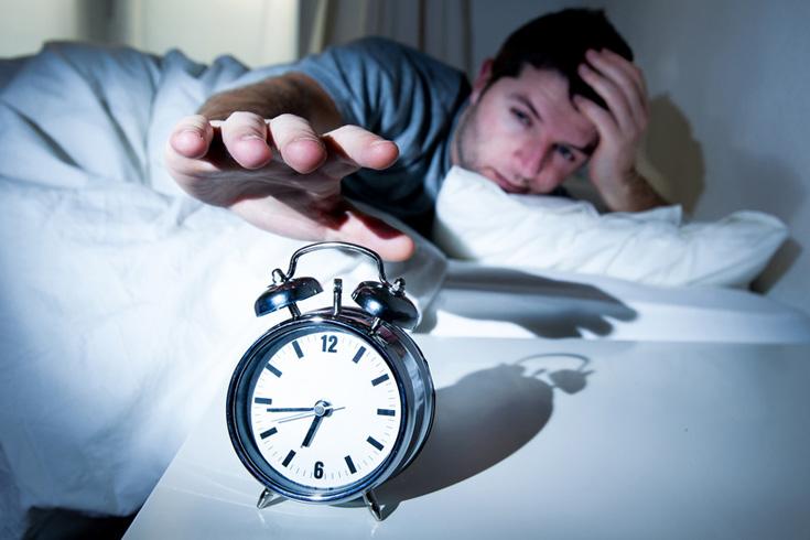 寝坊する男性 風俗スタッフの失敗談